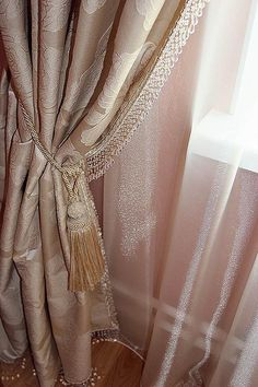 Фото штор. Юг квартира #curtains #шторы #шторыдлядома #шторыдляквартиры #декорокна #дизайнокна #текстильныйдекор