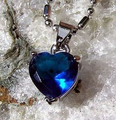 Blue Sapphire Heart Pendant - Vintage - Valentines Gift