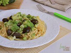 La pasta e broccoletto è un primo piatto semplice,veloce,saporito e leggero senza rinunciare al gusto...