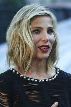 Elsa Pataky Medium Wavy Cut - Shoulder Length Hairstyles Lookbook - StyleBistro