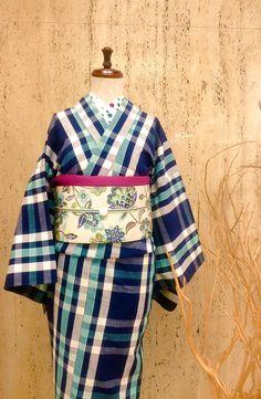 【木綿フェア 明日開催!】 お待たせしました。明日より木綿フェアを開催します。お洒落な物は早い者勝ちですよ〜!気になっていらっしゃる方、是非この機会に ・木綿フェア 8/29〜9/13 #大塚呉服店 #三宮 #神戸 #着物 #木綿