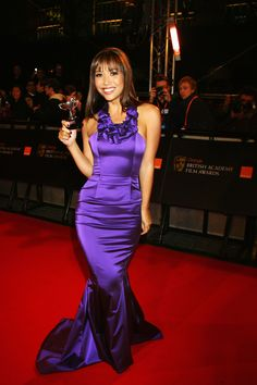 View forum - Celebs In Satin Dresses Silk Satin Dress, Satin Dresses, Formal Dresses, Formal Wear, Silk Evening Gown, Evening Dresses, Purple Satin, Mermaid Gown, Satin Blouses