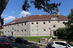 Wohnsiedlung Spiegelgrund Mansions, House Styles, Home Decor, Social Housing, Human Settlement, Communities Unit, Homes, Mansion Houses, Homemade Home Decor
