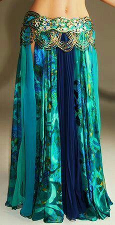 Love the colors and flow of the fabric