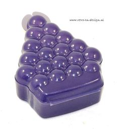 Tupperware grapes storage box