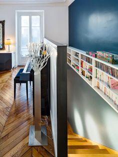 J'adore ! Allez sur www.domozoom.com d�couvrir les plus beaux int�rieurs de maisonfl-nav-b-content-title de France... Bibliotheque Design, Dead Space, Beautiful Interiors, Just Love, Future House, Most Beautiful, France, Stairs, Inspiration