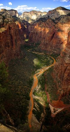 #Zion_National_Park in #Utah #USA http://en.directrooms.com/hotels/country/10-192/