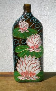 Wine Bottle Art, Painted Wine Bottles, Bottle Vase, Wine Bottle Crafts, Jar Crafts, Glass Bottles, Diy And Crafts, Glass Painting Designs, Altered Bottles