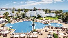 Thomson is now TUI. Stay at the ClubHotel Riu Paraiso Lanzarote Resort on your holiday. All of our hotels are carefully handpicked for you. Discover your smile. Nissi Beach, Puerto Del Carmen, Inclusive Holidays, Hotel Motel, Best Hotels, Amazing Hotels, Holiday Destinations, Outdoor Pool, Cruise
