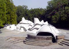 https://www.dezeen.com/2017/07/10/balkrishna-doshi-key-projects-influential-indian-architect-ahmedabad/?li_source=LI&li_medium=bottom_block_1