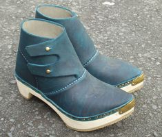 Welsh flap boot http://www.clogmaker.co.uk/WelshFlapBoot.htm