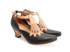 Love Fluevog shoes but can only fantasize as their shoes do not fit my wide foot..ssssooo very sad cause I would collect their styles!