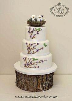 i like this cake with the plain woodtoppers on my party planning board!