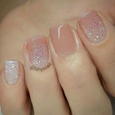 Unhas claras, unhas básicas, unhas delicadas, unhas perfeitas, unha decorada com pedras Spring Nail Art, Spring Nails, Cute Nails For Spring, Summer Nails 2018, Nail Summer, Winter Nails, Summer Toenails, Spring Summer, Spring Art
