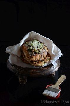 Hamaree rasoi: Amritsari Kulcha Recipe   How To Make Amritsari Kulcha in Oven