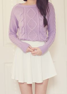 lovely way to wear a cozy sweater ^^