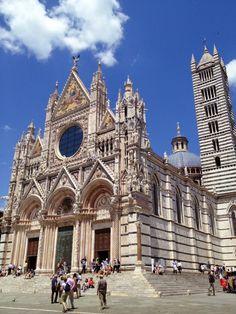 Templo principal y sede episcopal de esta ciudad italiana