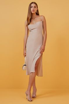 Shop the latest in women's dresses by all your favourite Australian brands online now at BNKR. With new styles dropping every week and express shipping on every order, you can get dressed up in no time! Dress Outfits, Dress Up, Fashion Outfits, Sheath Wedding Gown, Bridesmaid Dresses, Wedding Dresses, Mermaid Dresses, Get Dressed, Dress Collection