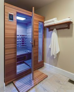 Find your high-quality Health Mate infrared sauna for your home with NO interest financing. Learn why Health Mate® sauna is the global leader in infrared saunas. Sauna Infrarouge, Sauna Room, Basement Sauna, Infrared Sauna Benefits, Best Infrared Sauna, Infared Sauna, Massage Place, Spa Rooms, Home Spa Room
