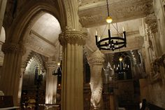 Rosslyn Chapel Interior   por Vic Sharp
