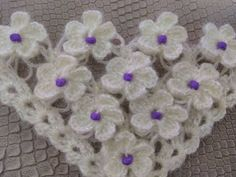 BONCUKLU ÜÇ BOYUTLU ÇİÇEKLİ ŞAL YAPIMI/Beaded three-dimensional floral shawl making - YouTube