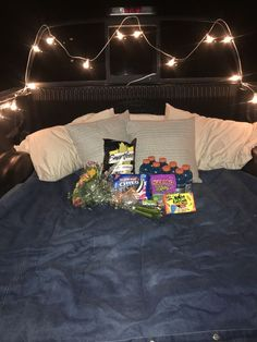 Check out the site to know details:) Romantic Date Night Ideas, Romantic Dates, Romantic Surprise, Truck Bed Date, Truck Bed Camping, Camping Date, Car Dates, Dream Dates, Fun Sleepover Ideas