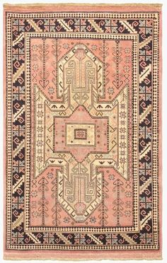 Type Finest Kargahi, from Afghanistan. Woven by skilled Uzbek Afghan weavers These rugs are knotted using locally handspun wool with vegetable dyes to achieve a beautiful variety of colors and shades. Vintage Textiles, Vintage Rugs, Kitchen And Bath Design, Magic Carpet, Pink Rug, Floor Rugs, Decoration, Wool Rug, Home Accessories