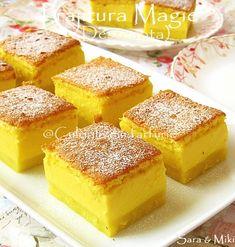 Magic cake with egg nog Holiday Desserts, No Bake Desserts, Just Desserts, Dessert Recipes, Sweets Cake, Cupcake Cakes, Cupcakes, Magic Cake Recipes, Types Of Desserts