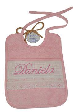Babero bordado Bandanas, Bib Pattern, Little Girl Clothing, Dots, Patterns, Manualidades, Bandana