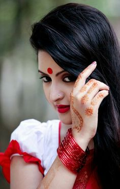 Pori Moni Biography, Photos, Images, Wallpapers, Movies names. Model Acress Pori Moni recent new Bangla Movies are here. Beautiful Girl Photo, Beautiful Girl Indian, Most Beautiful Indian Actress, Beautiful Actresses, Beautiful Women, Beauty Full Girl, Beauty Women, Tapas, Indian Photoshoot