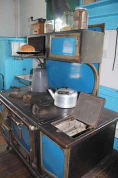 Old stove at Amish Acres. There are so many wonderful photos I have to start a board. There is another one on Pinterest--beautiful.