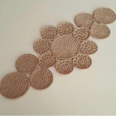 Luxury Carpet Runners For Stairs CarpetRunnerWithLanding Key: 4554689814 Crochet Table Runner Pattern, Crochet Tablecloth, Crochet Doilies, Crochet Chart, Easy Crochet, Crochet Baby, Half Double Crochet, Single Crochet, Crochet Designs