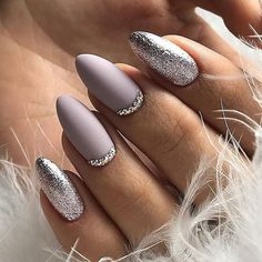 Maybe you have discovered your nails lack of some fashionable nail art? Yes, lately, many girls personalize their nails with lovely … Winter Nail Designs, Winter Nail Art, Winter Nails, Nail Art Designs, Nails Design, Classy Nails, Stylish Nails, Trendy Nails, Beautiful Nail Art