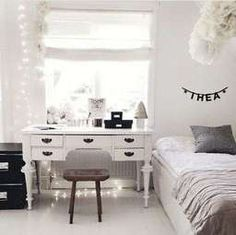 """Excellent """"bedroom ideas for small rooms"""" info is readily available on our site. Have a look and you wont be sorry you did. Small Room Bedroom, Cozy Bedroom, White Bedroom, Girls Bedroom, Small Rooms, Bedroom Ideas, Teen Girl Bedding, Teen Girl Rooms, Minimal Bedroom"""