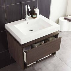 Recess Basin And Cabinet 700mm Rf032