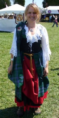 Ladies Traditional Highland Dress - Page 3