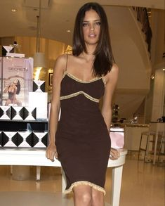 Girly Outfits, Cool Outfits, Dress Up, Bodycon Dress, Irina Shayk, Minimal Chic, Aesthetic Girl, Spring Outfits, Vintage Fashion