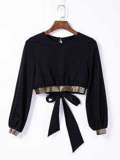 Black Full Sleeve Hollow Out Self-Tie Back Top Blouse With Sequins Edge : It is long sleeves hollow out top blouse with bow on the back and sequins on the edge,which will be your perfect item for daily wear,matched with denim pants,very chic look. Black Blouse Designs, Saree Blouse Designs, Full Sleeves Blouse Designs, Long Blouse Outfit, Teen Fashion Outfits, Stylish Outfits, 80s Fashion, Fashion Wear, Stylish Blouse Design