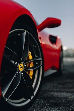 Luxury cars wallpaper ferrari 458 17 Ideas Luxury cars wallpaper ferrari 458 17 IdeasYou can find Ferrari 458 and more on our website. Luxury Sports Cars, Top Luxury Cars, New Sports Cars, Super Sport Cars, Ferrari F40, Maserati, Lamborghini Veneno, Bugatti, Wallpaper Carros