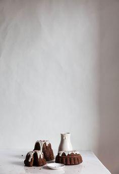 Pumpkin and Raw Chocolate Cake|Photography and Styling by Sanda Vuckovic