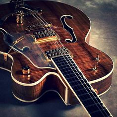 Damn... I don't even have the words to express how incredible this special run Gretsch G6120 Chet Atkins hollow body looks. I guess I should pick my jaw up off the ground now... Photo courtesy of @wholelottaguitar. #Stringjoy #Geartalk #Guitarist #GearNerds #GuitarPlayer #GearWire #KnowYourTone #GuitarGear #Guitar #CleanTone #ToneForDays | Create your custom string set today at Stringjoy.com #guitar #guitars #electric #acoustic #bassguitar