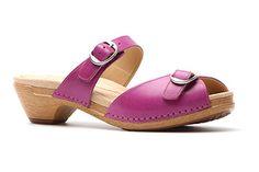 Lottie sandals by Dansko in orchid!