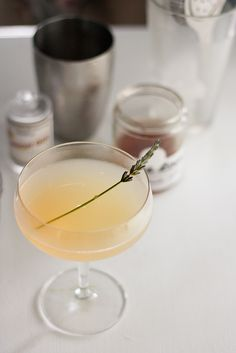 Cocktail Diaries: The Bees Knees | PDXfoodlove **2 oz. gin,  1/2 oz. lemon juice, 3/4 oz. lavender honey syrup. *Lavender honey syrup: 1/2 oz. hot water, 1/2 tsp. dried lavender, 1/2 oz. honey.