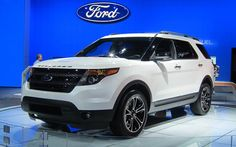 2014 Ford Explorer Sport- grabbed the Range Evoque look - Ford style. 2014 Ford Explorer Sport, 2014 Explorer, Ford Explorer Reviews, Luxury Car Image, Luxury Suv, Car Images, Car Photos, Offroader, Small Suv