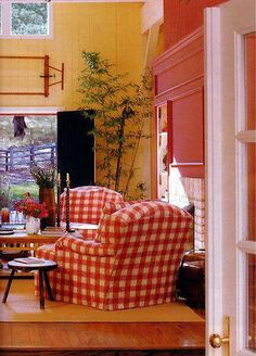 country interior/ love me some red check!