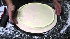 Como fazer sua pizza com borda recheada