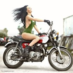 Girl on an old motorcycle: Post your pics! | Page 1172 | Adventure Rider