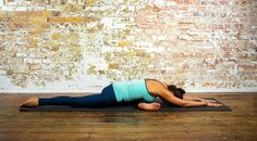 Adho Mukha Kapotasana left – Pigeon pose, head down on left foot