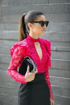 46 Elegant Women's Outfits To Wear Now - Fashion New Trends Modest Fashion, Fashion Dresses, Vestidos Off White, Stylish Outfits, Cool Outfits, Elegant Outfit, Elegant Woman, Blouse Designs, Ideias Fashion