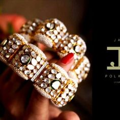 Antique Jewellery Designs, Indian Jewellery Design, Antique Jewelry, Indian Jewelry Sets, Gold Bangles Design, Crystal Statement Necklace, Jewelry Design Earrings, Diamond Jewellery, Diamond Necklaces